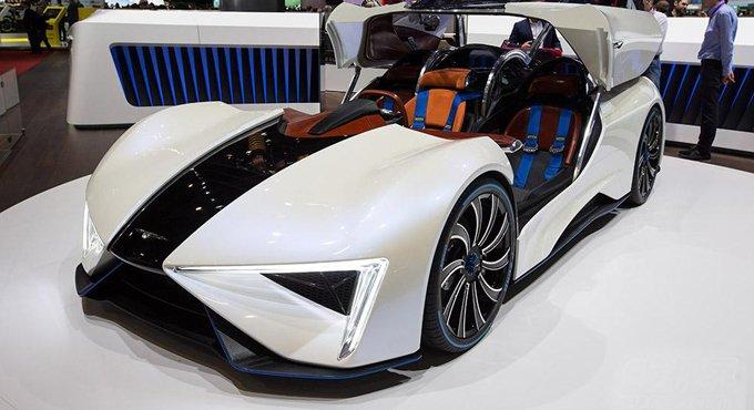 200万国产超跑 飞机引擎1000马力