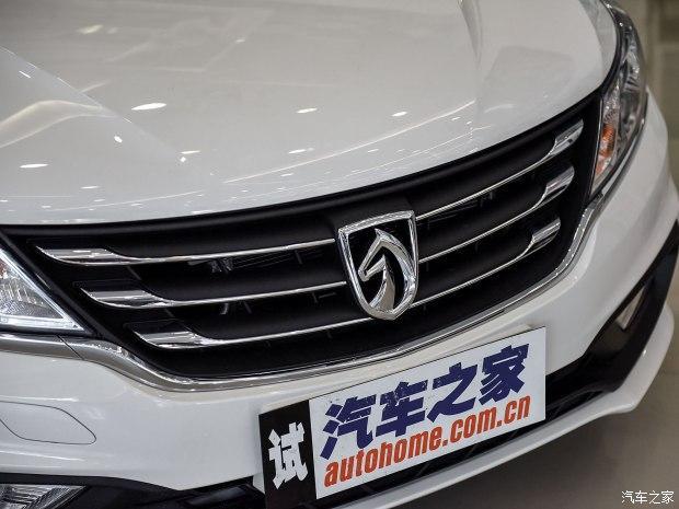 上汽通用五菱 宝骏310 2016款 1.2L 手动豪华型