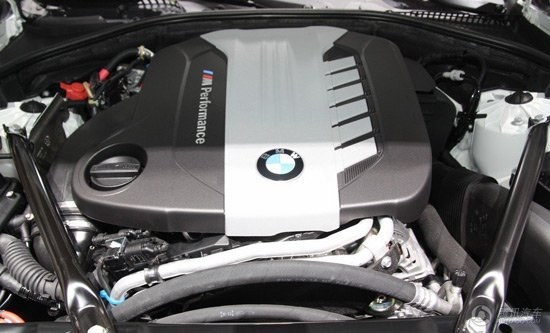 宝马M550d柴油版日内瓦发布 搭三涡轮引擎