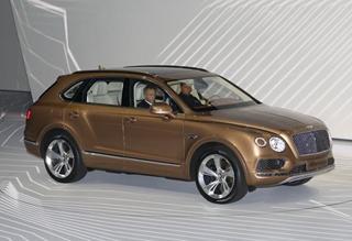 最强性能SUV全球首发 宾利的另一种选择