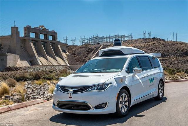 谷歌Waymo无人驾驶汽车秘密测试基地首曝