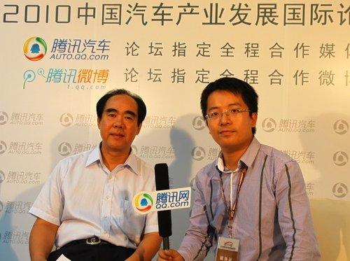 范仲:自主品牌新能源轿车是东风发展重点