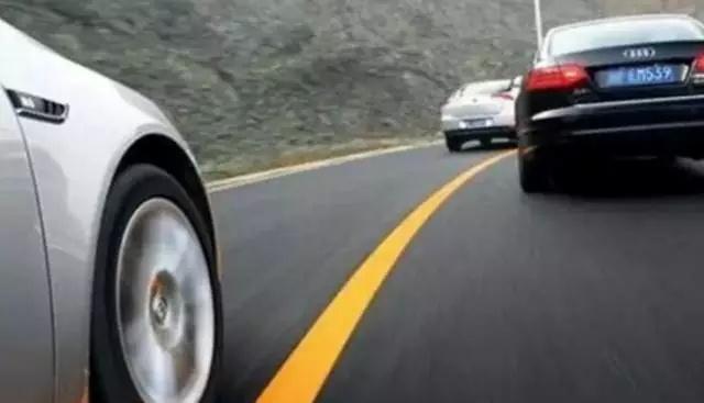 为什么说刹车时要看后视镜的都是老司机?