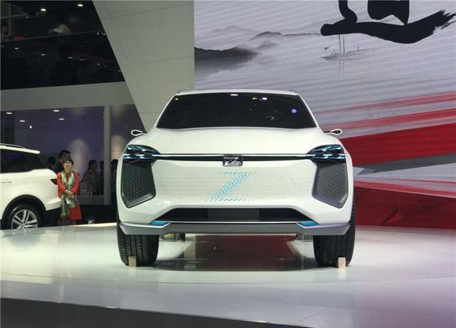 众泰全新概念车i-across亮相 重新定义设计理念