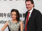 梅赛德斯-奔驰(中国)东区副总裁与著名演员秦岚