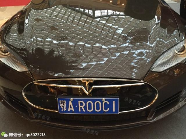 西安惊现价值超400万出租 你敢拦这些出租车吗?