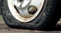 轮胎气压过低有损胎壁
