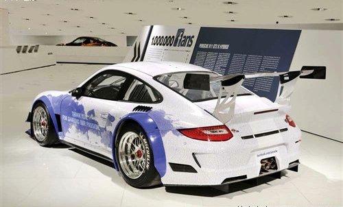 保时捷911 GT3 R Hybrid推FACEBOOK版
