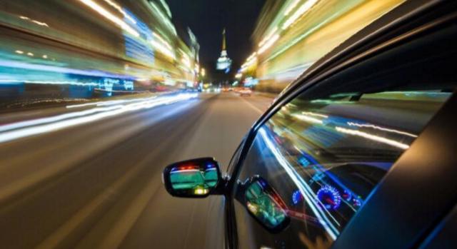 这些错误驾车习惯 超过一半的司机都有