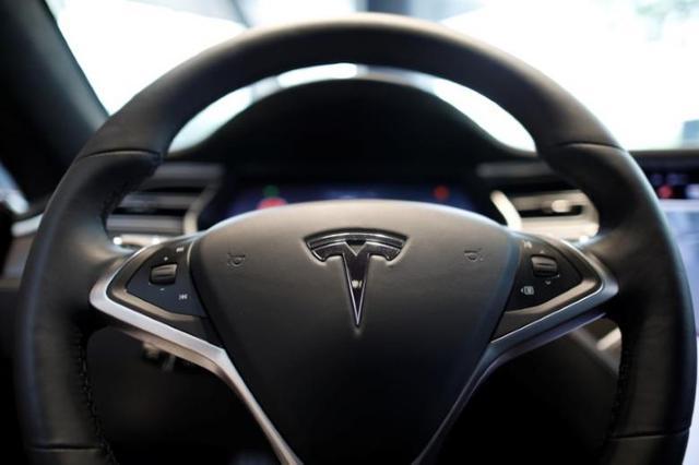 特斯拉电动汽车4月加州注册量下降24% Model S需求下滑?