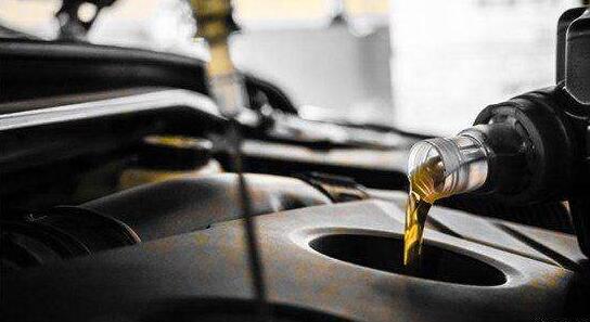 """机油真真假假 专用机油真的""""专用""""吗"""
