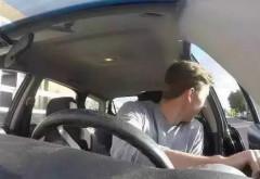 """""""荷式开门法""""是什么鬼?不会开车门容易致命!"""