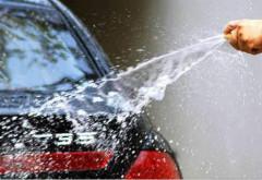 你这样是在毁车 这才是洗车的正确姿势!