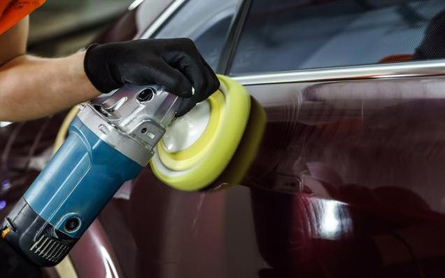 在保养汽车时 你会选择打蜡还是封釉