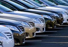 去年超150名车企高管跳槽 销量下降怪营销老总成新梗