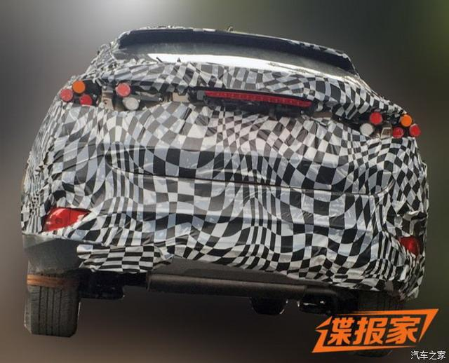 外形酷似CX-4 曝君马汽车全新SUV谍照