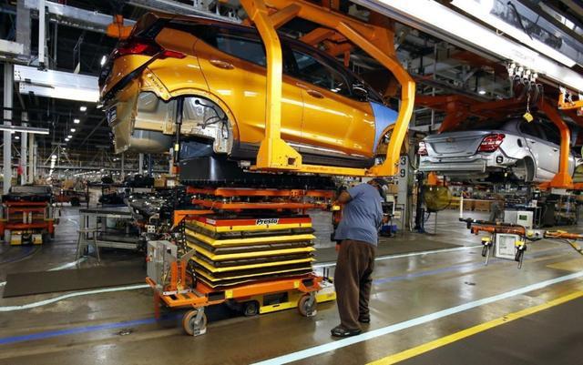 雪佛兰入门级电动车Bolt正式量产 续航达380公里