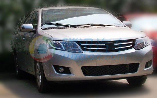 众泰Z300近身实拍曝光 预计明年上半年上市