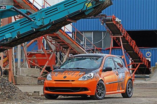 改装版雷诺Clio赛车内部设计全曝光