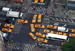 研究人员发现 自动驾驶汽车可能淘汰超速罚单和交通信号灯