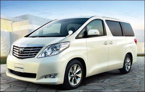 全国首台丰田ALPHARD阿尔法MPV入驻厦门