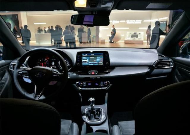 现代i30 N正式亮相2017法兰克福车展
