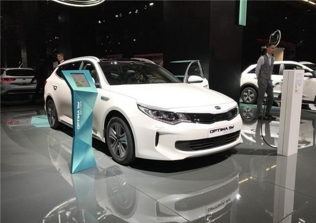 搭插电混动系统 起亚K5旅行版新车型