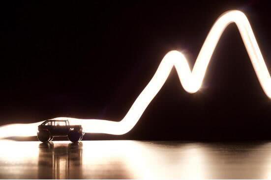 分析:电动汽车普及的4大障碍以及解决方案