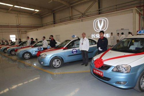 角力中国新能源市场 自主品牌汽车各有招数高清图片