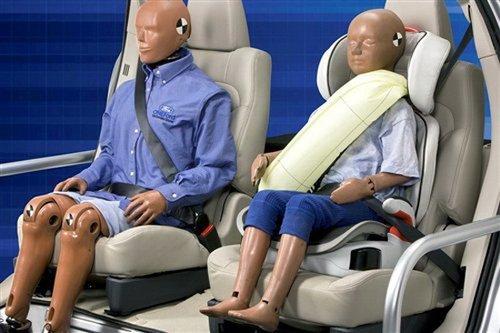 安全带里也装气囊 最新车用技术盘点