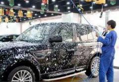 洗车这么洗轮胎直接增加爆胎几率10倍!原因竟是它!