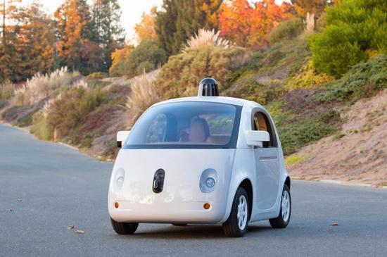 无人驾驶汽车的各种系统,如转向和刹车系统等一般汽车都有的高清图片