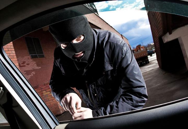 偷车只需要三十秒 如何才能防止爱车被盗