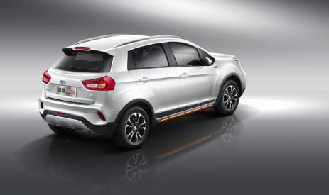 报价6.79万元  吉利 蓝图X3增推周年版车型