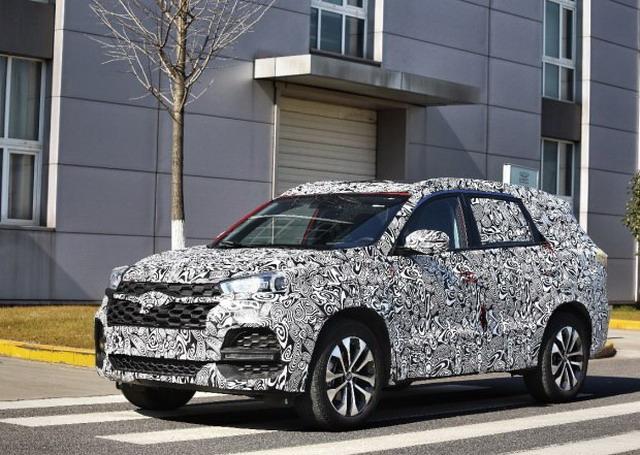 曝奇瑞7座SUV T18谍照 将2018上半年上市
