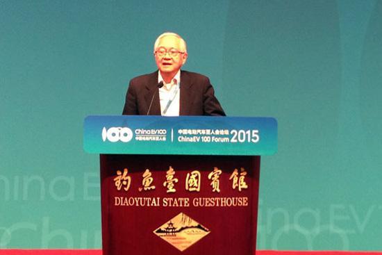 吴敬琏:政府没有能力确定新能源技术路线