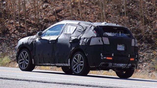 凯迪拉克XT4谍照曝光 或装备自动驾驶手艺