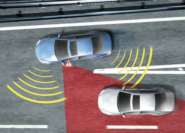 想要缩小盲区这一个动作就管用 行车安全提高数倍
