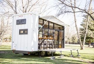 CAFE露营房车 让你随时随地开启咖啡厅