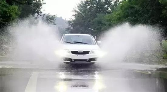 下雨天不知道这样保养车子要吃大亏