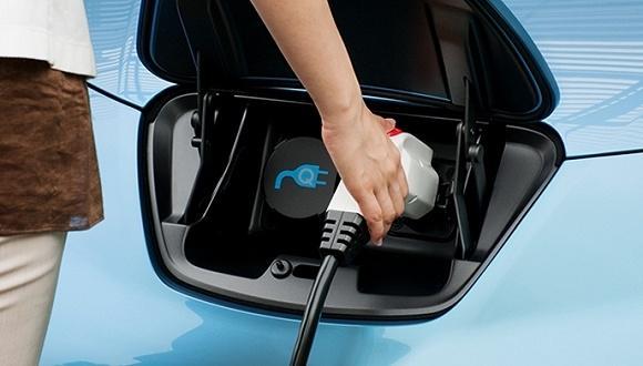 工信部:加快推动中国汽车动力电池产业发展
