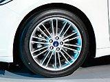 新蒙迪欧的轮毂轮胎