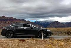 特斯拉无钥匙驾驶功能存在技术缺陷 导致车主被困沙漠