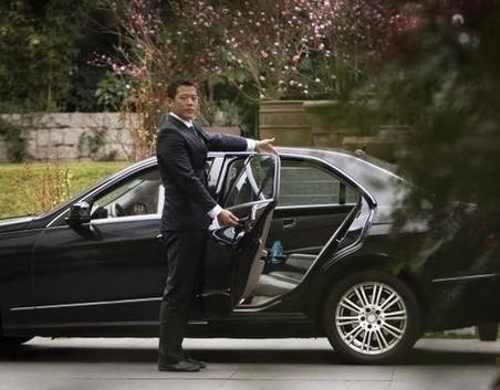 专车司机的一天: 收入变少考虑转行