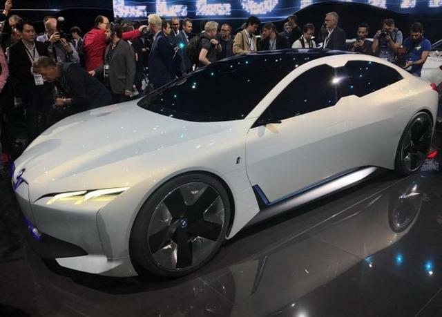 宝马i Vision Dynamics亮相法兰克福车展