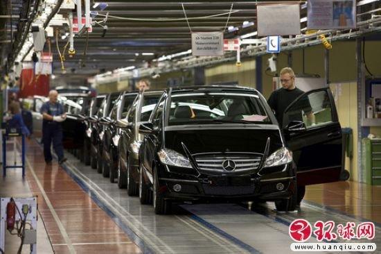 奔驰匈牙利新厂正式运行 投产B级车