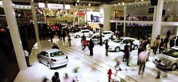 生活便利对于中国网民汽车生活幸福度的影响最大