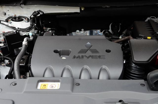 SUV界之时髦硬汉 新款三菱欧蓝德之实车图