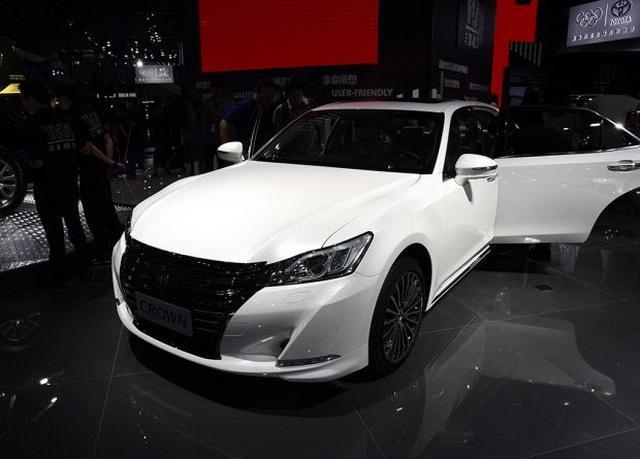 一汽丰田新款皇冠首发 外观/设置升级
