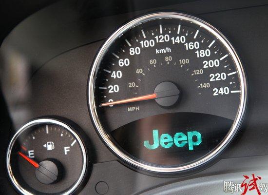 腾讯评测Jeep新指南者 可以平坦不惧曲折 -指南者 Jeep 评测中心高清图片